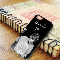 Louis Tomlinson One Direction Boyband Singer iPhone 6|iPhone 6S Case