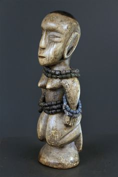 Art africain - Statue d'autel Bariba Statues, Art Africain, Decoration, Buddha, Lion Sculpture, Places, Altar, Bead, Decor