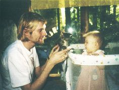 vintage everyday: Old Photos of Kurt Cobain with His Baby Daughter