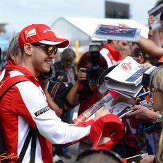 @cathessshhh_5 - Instagram:「Melbourne today. #SebastianVettel #ScuderiaFerrari #Formula1 #F1 #AusGP #AustralianGP #Melbourne」