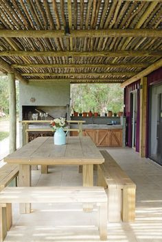 A Beach House Armed with Containers - Uruguay - Living in a Container Bamboo House Design, Small Patio Design, Backyard Patio Designs, Outdoor Kitchen Design, Small House Design, Pergola Patio, Beach House Designs, Rustic Outdoor Kitchens, Tropical House Design