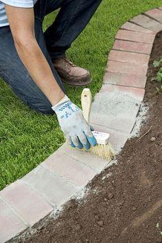 14 Innovative Garden Edging Ideas on The Cheap Brick Edging Lawn And Garden, Garden Beds, Diy Garden, Garden Fencing, Wooden Garden, Glow Garden, Cement Garden, Garden Cart, Garden Hose