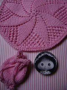 Receita: Doily Style Dishcloth Fio: Bella (usei fio duplo) Agulha de 2 pontas: 4mm Receita: Sack San ♥ Fio: Bella (usei duplo fio) Agulha...