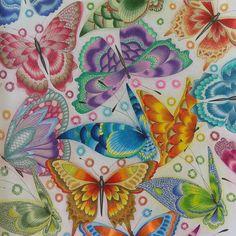 Tropical Wonderland By Millie Marotta Milliemarottabooks Milliemarotta Tropicalwonderlandcolouringbook Tropicalwonderland Prisma Prismacolor