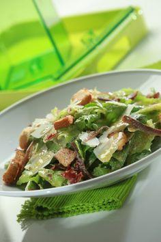 Σαλάτα Caesar Greek Recipes, New Recipes, Salad Recipes, Recipies, Food Network Recipes, Food Processor Recipes, The Kitchen Food Network, Sauces, Yummy Mummy