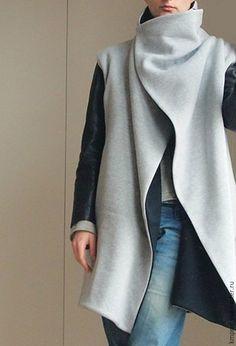 1a2ce50d4e8 Верхняя одежда ручной работы. Ярмарка Мастеров - ручная работа. Купить  Комбинированное двустороннее трикотажное пальто. Handmade. Серый