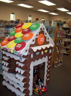 Gingerbread house at library made by Linda Wilkes {Candy Land theme because Scholastic books are Sweet Reads!}