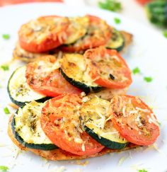 Chicken breast w zucchini & tomato