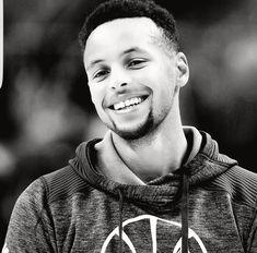 Jay Z Basketball Team Brooklyn Info: 6358312911 Stephen Curry Family, Nba Stephen Curry, Stephen Curry Pictures, Golden State Basketball, Basketball Is Life, Basketball Pictures, Basketball Stuff, Basketball Quotes, Basketball Hoop