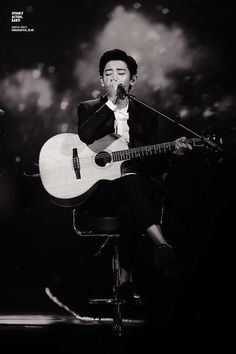 Chanyeol + guitar = perfection