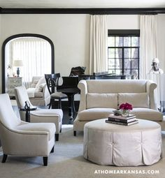 How gorgeous is this room? Neutral with black window trim, crown molding, and mirror frame. Black Crown Moldings, Black Molding, Moldings And Trim, Moulding, Black Window Trims, Black Windows, Steel Windows, Home Interior, Interior Design