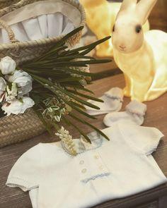 #pagliaccetto#azzurro#rosa#cotone#Battesimi#veilleuse#milano#shopping#portaveneziamilano #madeinitaly #fattoamanoinitalia…