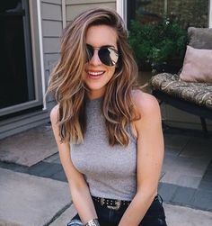 Cool Medium Length Layered Haircuts For A Trendy Look – Hair Styles Brown Blonde Hair, Wavy Hair, New Hair, Blonde Honey, Medium Hair Styles, Curly Hair Styles, Hair Cut Styles, Medium Length Hair Cuts With Layers, Medium Cut