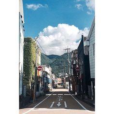 #japan  . . 하늘에 왕구름이 두둥실~ 일본 골목은 사진만 봐도 설레이네요 . . #travel #trip #travelgram #일본 #유후인 #yufuin #후쿠오카 #hukuoka #날씨 #맑음 #구름 #구름에반하다 #sky #골목 #골목투어 #사진 #사진스타그램 #스냅 #감성 #여행에미치다 #여행스타그램 #데일리 #하늘 #추억 by (banzee.u) 골목투어 #데일리 #yufuin #추억 #여행에미치다 #유후인 #japan #감성 #travelgram #하늘 #사진 #여행스타그램 #스냅 #후쿠오카 #구름 #travel #구름에반하다 #맑음 #일본 #hukuoka #골목 #사진스타그램 #sky #trip #날씨 #meetingprofs #eventprofs #travel #tourism #popular #trending #trendy #twitter #facebook #website #influencer #great #photos #quotes #va...