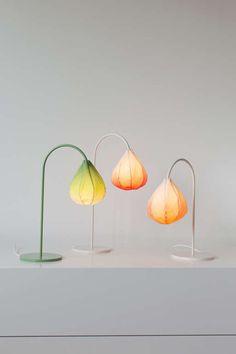 Floral Bud Lamps. SOO CUTE!