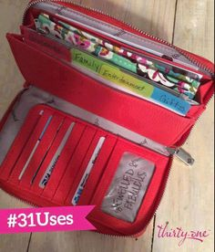Thirty-One Gifts - Jewell by Thirty-One! All About The Benjamin's Wallet.