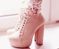 I think these are absolutely perfect im officially obsessed with these style shoes