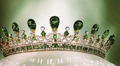 Emerald & Diamond Tiara. Prince Albert designed this for his wife, Queen Victoria, in 1845.