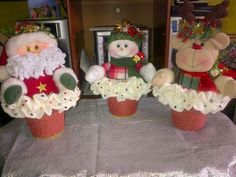 Gingerbread, Snowman, Diy And Crafts, Christmas Decorations, Xmas, Chen, Feltro, Christmas Ornaments, Scrappy Quilts