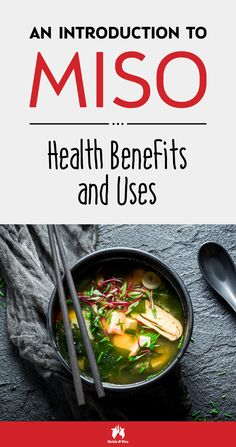 What's miso? What are the health benefits of miso? What's the correct way of using it? Find all the answers and much more in this in-depth guide. Bone Broth Detox, Stop Eating, Clean Eating, Eating Healthy, Bone Broth Benefits, Miso Soup Benefits, Clean Recipes, Healthy Recipes, Healthy Meals