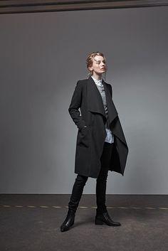 schwarzer frauen Mantel