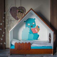 Детская кровать домик LittleHome из массива сосны. (detskie-krovati.pro)