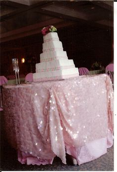 Pink wedding cake table by Southern Event Planners, Memphis, Tennessee.