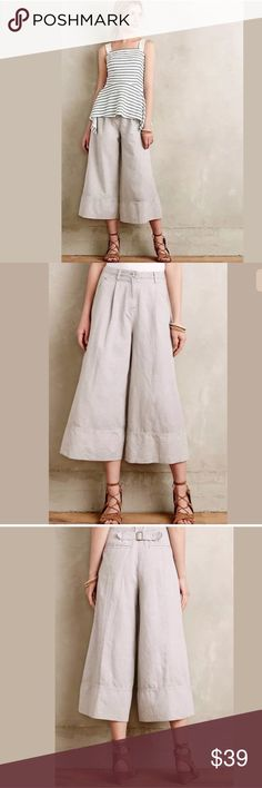 Anthropologie Cartonnier Bell Crops Anthropologie Cartonnier gray bell leg, crop pants. Size 8, comfortable light gray wide leg with front pleats, linen/cotton blend. Gently worn, no stains or flaws. Anthropologie Pants Ankle & Cropped