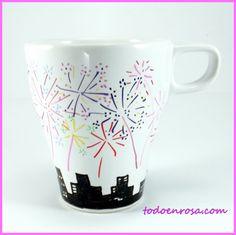 Nuestra nueva taza, pintada a mano. Diseño exclusivo y original. Visita nuestra tienda www.todoenrosa.com
