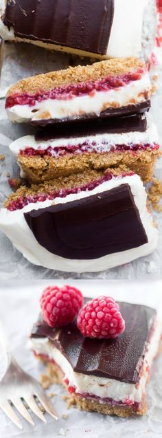 These No-Bake Raspberry Cheesecake Bars from The View of the Great Island are just so incredibly delicious! They have a graham cracker crust with a layer of fresh raspberry, a fluffy cheesecake filling, and then get topped with dark chocolate — what could Raspberry No Bake Cheesecake, Raspberry Desserts, Fluffy Cheesecake, Summer Desserts, Cheesecake Recipes, Fresh Raspberry Recipes, Raspberry Mousse, No Bake Treats, No Bake Desserts