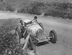 Il 6 maggio del 1928 Tazio Nuvolari fu costretto a ritirarsi dalla XIX Targa Florio a causa della rottura di un pistone della Bugatti 35 C.