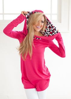 Can't Resist Hoodie Hot Pink from Modern Vintage Boutique. Saved to Modern Vintage Boutique. Passion For Fashion, Love Fashion, Cool Outfits, Casual Outfits, Modern Vintage Boutique, Stylish Clothes For Women, Autumn Winter Fashion, Just In Case, Milan