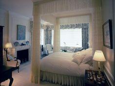 ROMANTIC BEDROOM RETREAT