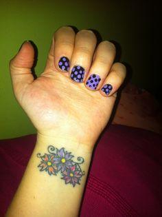 Uñas y tatuaje :)