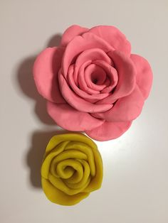 Making Play-doh roses with Manda, and koda.