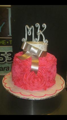 """Celebrate any event or occasion with a cake designed by """"Cakes by Mia"""". 201-553-2424  @  6002 Fillmore Pl - West New York.   https://www.facebook.com/pages/Cakes-by-Mia/169874973065260?sk=photos_stream&tab=photos_albums  #cakesbyMia #Bizcocho #Dominicancakes #HappyBirthday #CUMPLEAÑO #cake  #cupcake #Wedding  #birthday   #cake #BabyShower #Sweetsixteen #Quinceñera #Communion #Christening #Confirmation #Boyscake #GirlsCake"""
