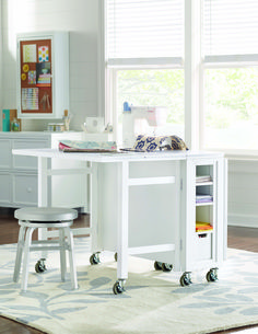 If You Have Difficulty Seeing What Youu0027re Sewing, A Mobile Crafting Station  Can