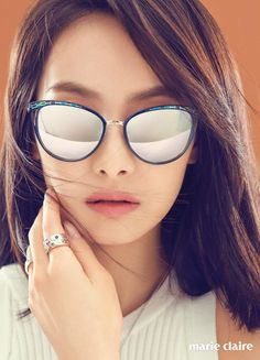 F(x)'s Victoria for Marie Claire Korea June Photographed by Mok Jung Wook Victoria Song, Queen Victoria, Victoria Fx, Cat Eye Sunglasses, Mirrored Sunglasses, Song Qian, Korean Beauty, Marie Claire, Asian Girl