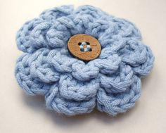 Crochet frothy flower in blue (this has a more solid single crochet center)