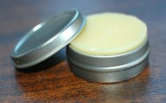 Hard Lotion Bar http://www.yankeehomestead.com/2012/10/17/goodbye-to-toxins-day-5-hard-lotion-bars-great-for-winter-hands-rashes-and-more/