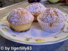 Das perfekte Eierlikör-Muffins-Rezept mit Bild und einfacher Schritt-für-Schritt-Anleitung: Jeweils 2 Papierbackförmchen in die Muffin-Vertiefung stellen.
