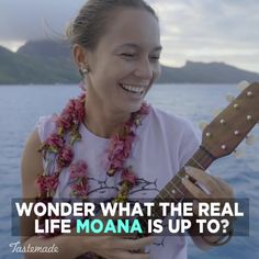 Want to know what a real life Moana looks like? This is her typical day in French Polynesia! Memes In Real Life, Life Memes, Real Life Moana, Moana Memes, Moana Themed Party, Funny Cartoon Pictures, Travel Inspiration, Travel Ideas, Travel Guide