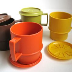 Tupperware mugs with convertible coaster lid