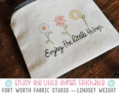 Embroidered Zipper Pouch {Free Pattern}  Fort Worth Fabric Studio  -- Lindsey Weight