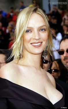 Image result for sein Cinema Tv, Cinema Posters, Celebrity Skin, Goldie Hawn, Uma Thurman, Exotic Women, Fantasy Women, Charlize Theron, Artists