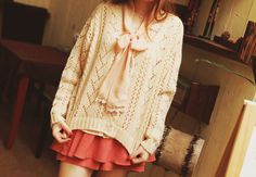 http://img.loveitsomuch.com/uploads/201211/29/cu/cute%20white%20loose%20bow%20sweater%20for%20girls%20-%20loose%20bow%20sweater-f85322.png