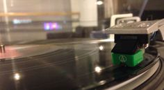 Vinyl Record Stories...: Does Vinyl Really Sound Better?