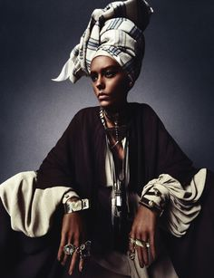 african queen: ondria hardin by sebastian kim for numéro march 2013 visual optimism; fashion editorials, shows, campaigns & more! African Inspired Fashion, Ethnic Fashion, African Fashion, African Style, Turbans, Headscarves, African Beauty, African Women, Fotografia Retro