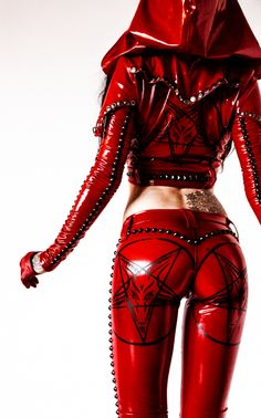 Simply stated--Toxic Vision is the methodical chaos of one. Fetish Fashion, Latex Fashion, Dark Fashion, Metal Fashion, Gothic Fashion, Vision Clothing, Sharon Ehman, Sexy Outfits, Cool Outfits