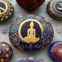Mandalas by RainbowSoul ( Dot Art Painting, Rock Painting Designs, Mandala Painting, Pebble Painting, Pebble Art, Mandala Art, Paint Designs, Stone Painting, Crochet Mandala